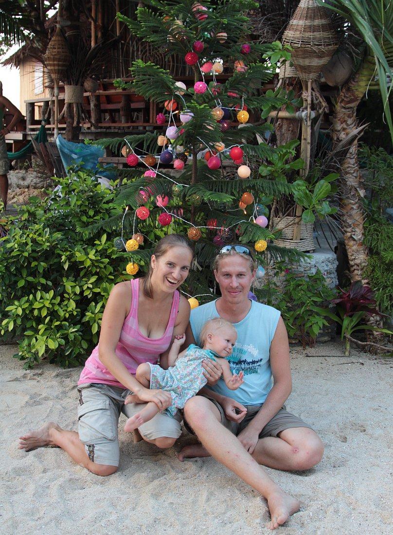 Новый 2011 с Сашей, Андреем и Катюшкой на острове Панган!