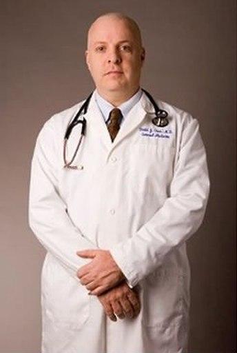 Доктор от страховой компании в Таиланде