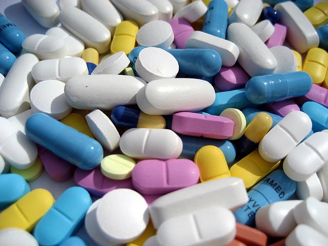 Таблетки и медикаменты в Таиланде