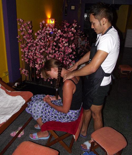 Массажисты | Тайский массаж тела, головы, ног | Зима в Таиланде