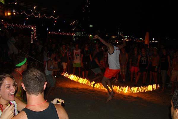 Огненные развлечения | Koh Phangan Full Moon Party, Вечеринка полной луны | Зима в Таиланде