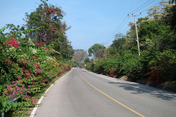Дорога к пляжу Sai Noi в Хуа Хине | Зима в Таиланде