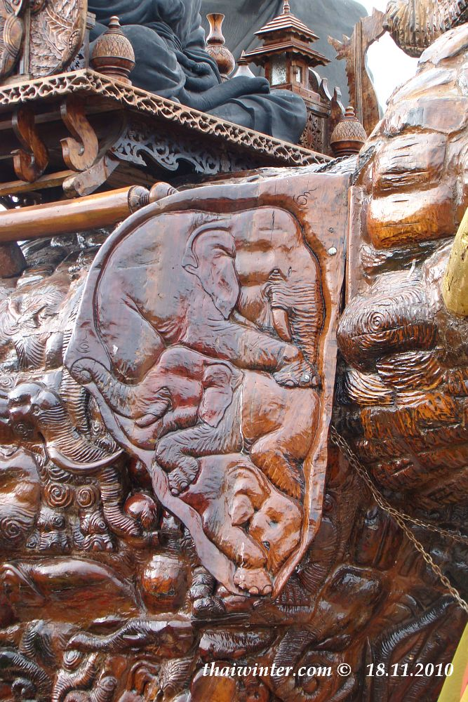 Wat Huai Mongkol | Зима в Таиланде