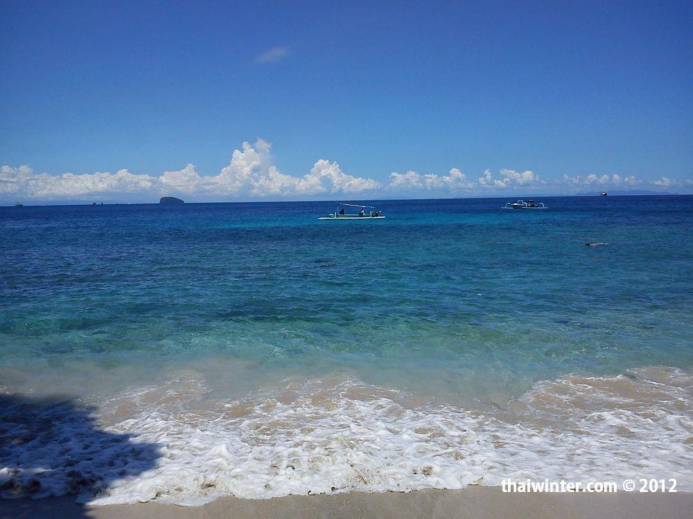 http://thaiwinter.com/wp-content/uploads/2012/03/Padangbai_Blue_Lagoon_05.jpg