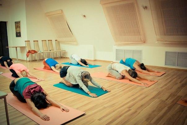 Утренняя йога в Особняке