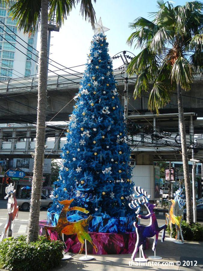 Подготовка к Новому Году в Бангкоке