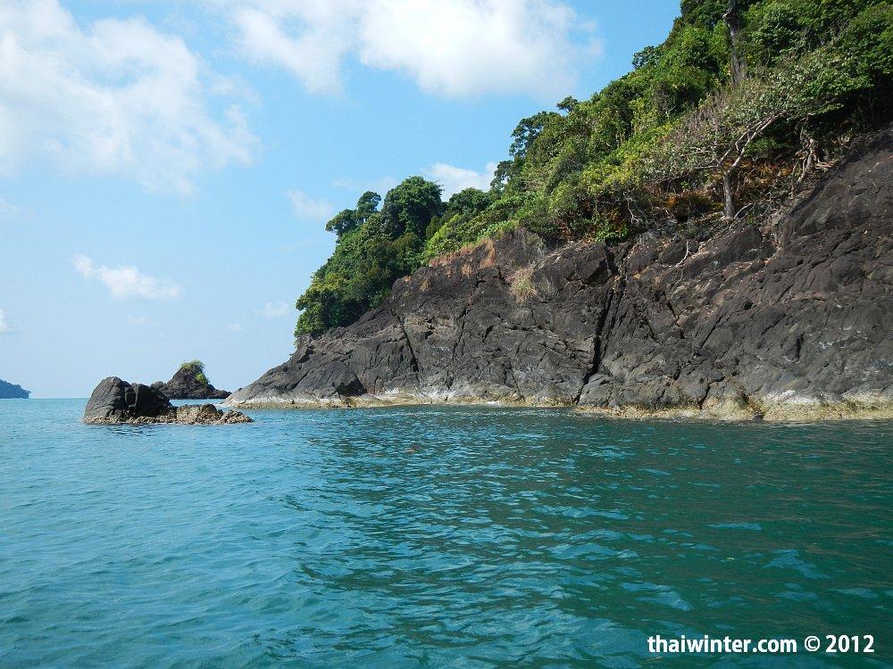 Обратная сторона острова Kho Man Nai
