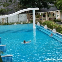Mercure_Swimming_pools_06