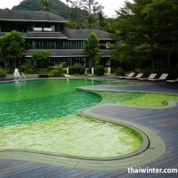 Mercure_Swimming_pools_08
