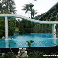 Mercure_Swimming_pools_09
