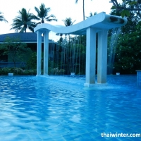 Mercure_Swimming_pools_19