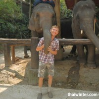 Photo_with_Elephants_3