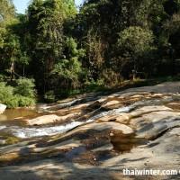 Mae_Sa_Waterfall_01