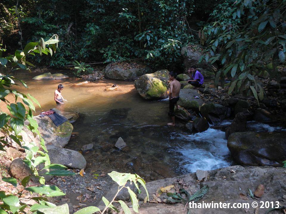 Khun Kon Waterfall в Чианг Рай
