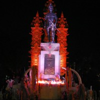 Mengrai_Memorial_07