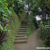 Тропинка до водопада Гит-Гит