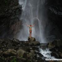 Водопад Yeh Mempeh