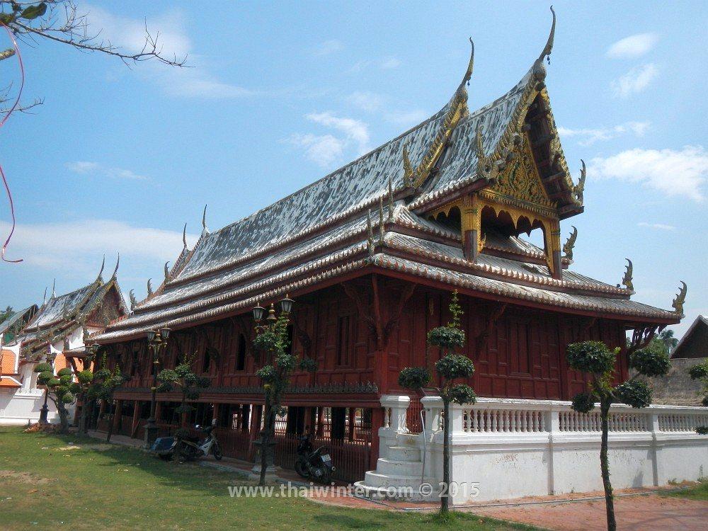 Автопутешествие в Пхетчабури из Хуахина, Wat Yai Suwannaram
