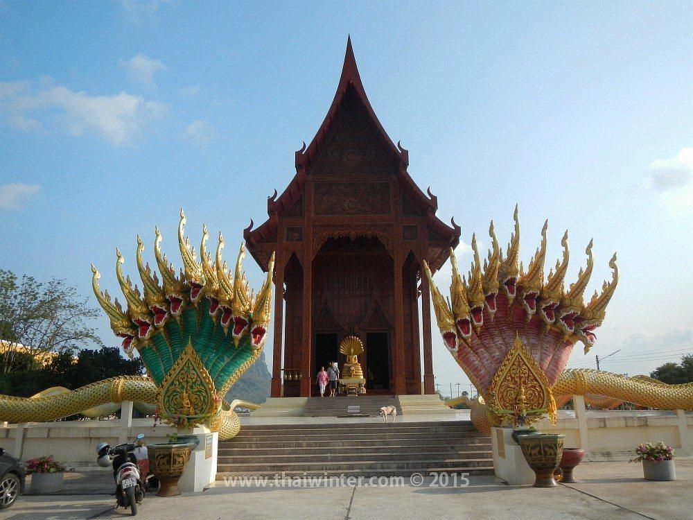 Автопутешествие в Прачуап Кхири Кхан из Хуахина, Wat Ao Noi