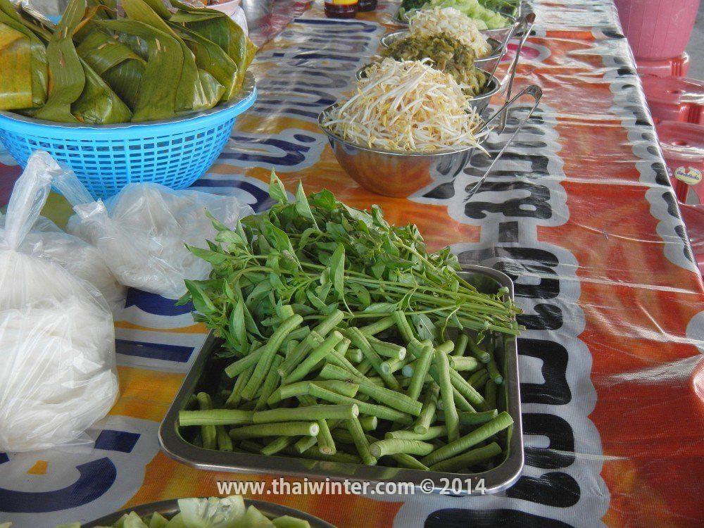 Фасоль и зелень как добавка к тайским блюдам