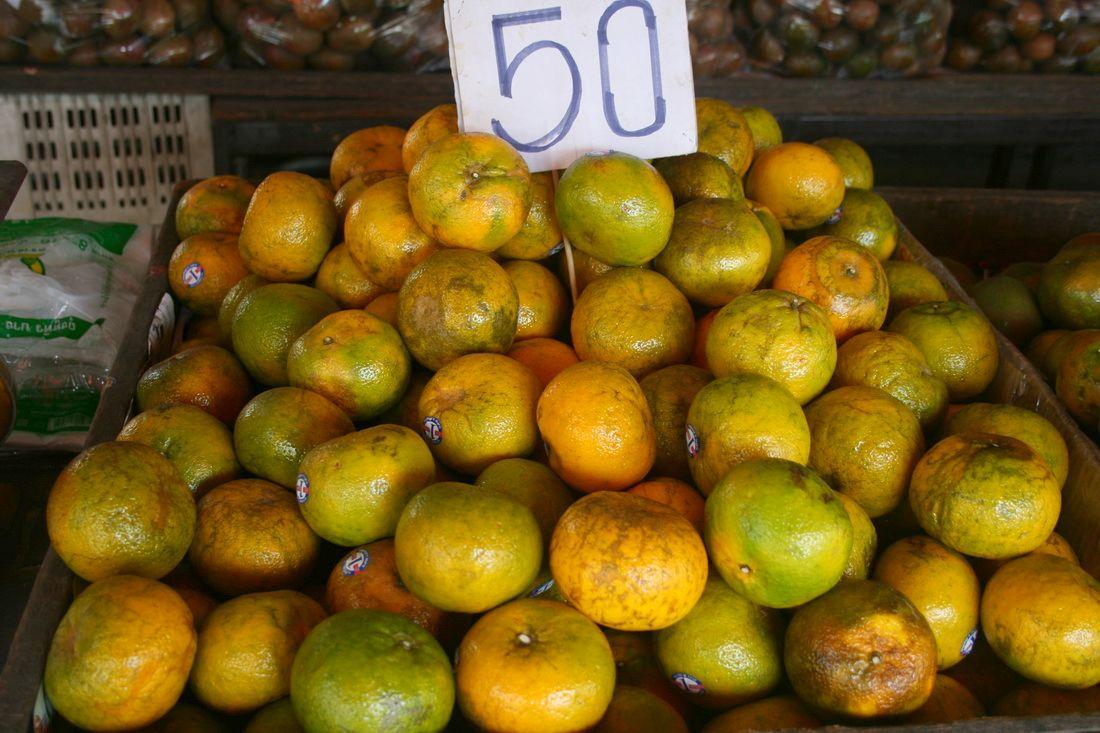 Тайские танжерины на рынке