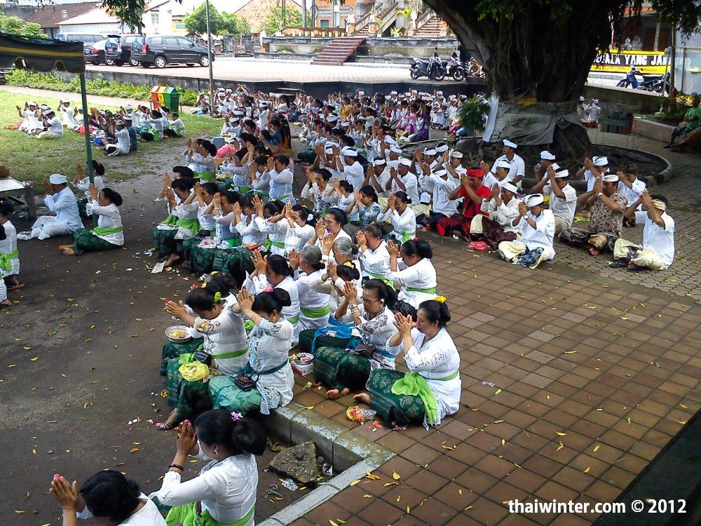 Церемония в храме | Духовный мир острова Бали